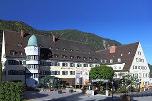 Spring_School_Hotel